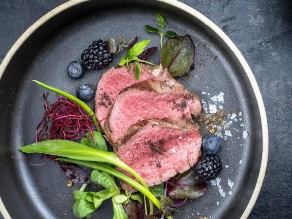 Elk Haunch Steaks 250g, 2 in a pack