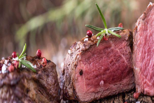 Ostrich Fillet Steaks 2 in a 250g